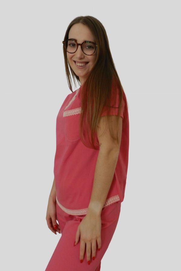 Conjunto T-shirt e calças em Jersey e detalhes em renda de algodão orgânico, Coral