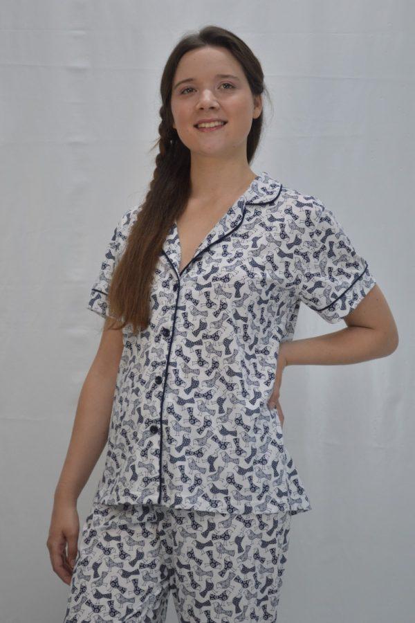 Pijama camiseiro manga curta branco estampado azul