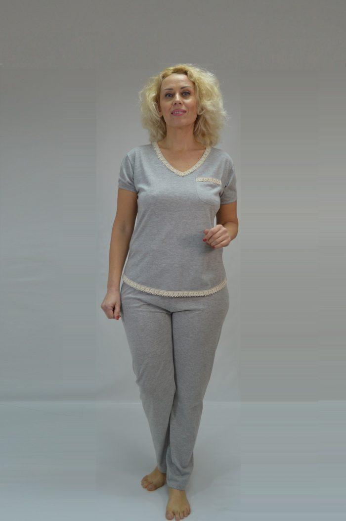 Conjunto T-shirt e calças em Jersey Mescla e detalhes em renda de algodão orgânico