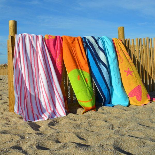 Toalhas de piscina ou praia 100% algodão.