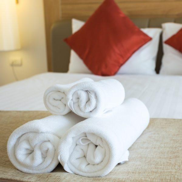 Toalhas de banho, toalhas de rosto, toalha de mãos, em felpo branco